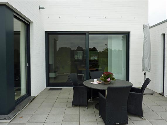 referenzen kundenbeispiele montagebeispiele fliegengitter insektenschutz wieroszewsky. Black Bedroom Furniture Sets. Home Design Ideas