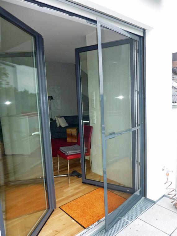 referenzen kundenbeispiele montagebeispiele fliegengitter. Black Bedroom Furniture Sets. Home Design Ideas